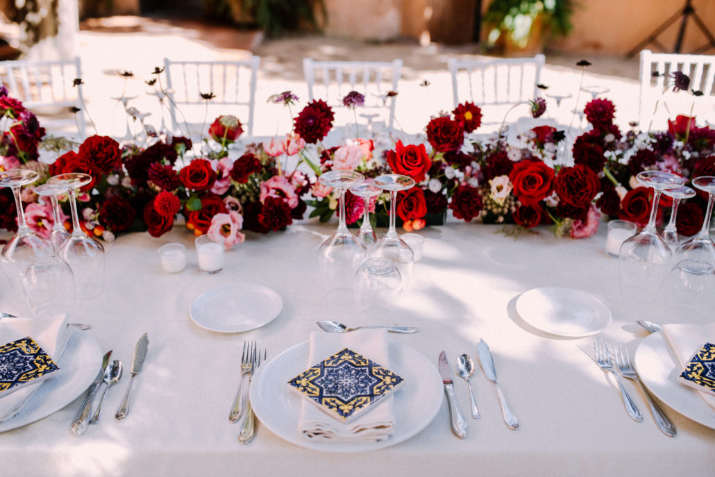 micro weddings or intimate weddings